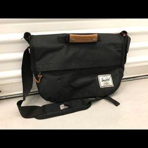 Herschel Messenger (Laptop) Bag